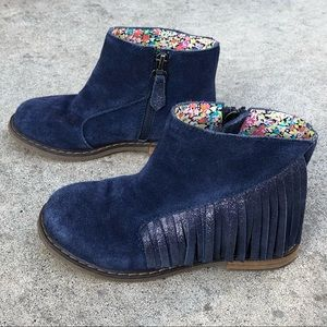 Tucker + Tate blue suede boots - size 28